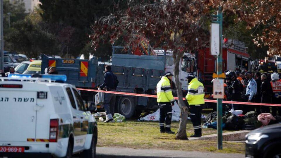 Attentato a Gerusalemme, camion contro soldati: 4 morti. Ucciso l'attentatore - Foto Webdigital.hu