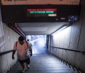 roma metro donna