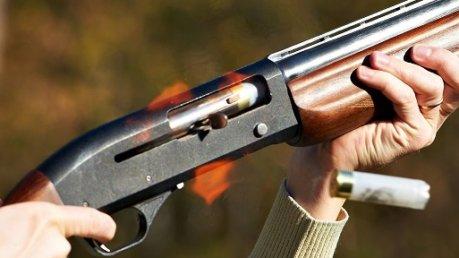 A 13enne parte colpo fucile,nonna uccisa